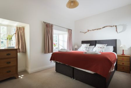 Red bedroom as king size double