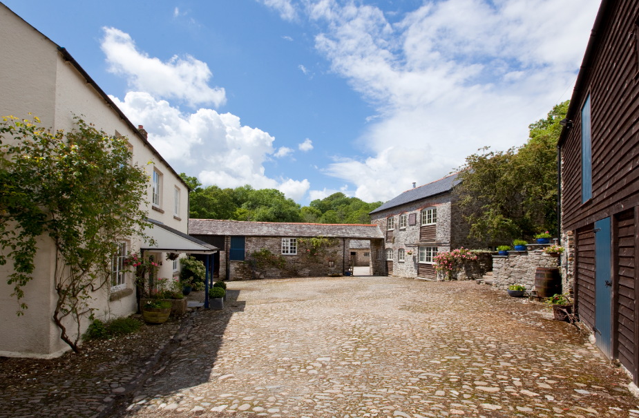 Residential retreat venue in Tamar Valley on Devon / Cornwall border