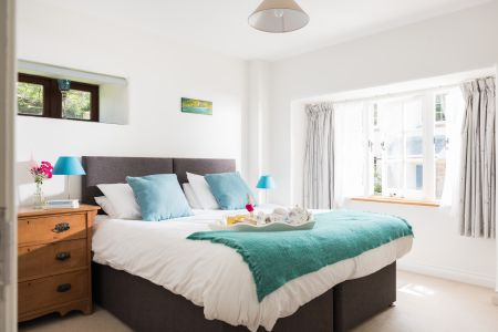 Teal bedroom as king size double