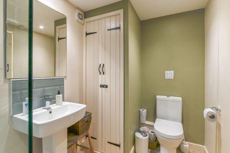 Boot Room Bathroom 5